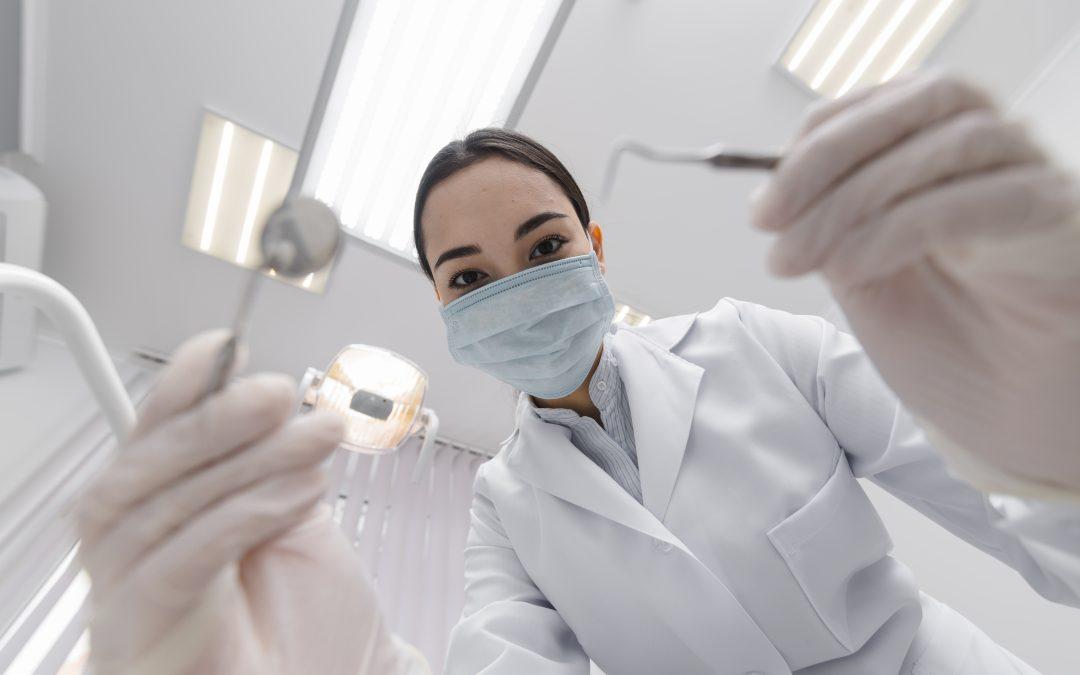 Profilaktiniai apsilankymai odontologijos klinikoje – sveikų dantų aukso standartas